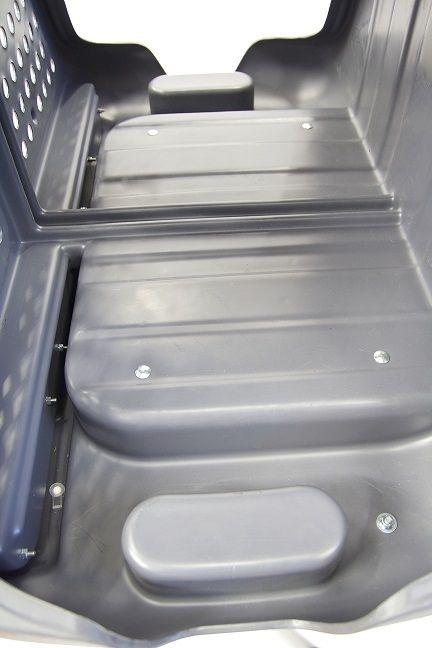 Interior-del-TowboxV2-DOG-sin-el-suelo-desmontable