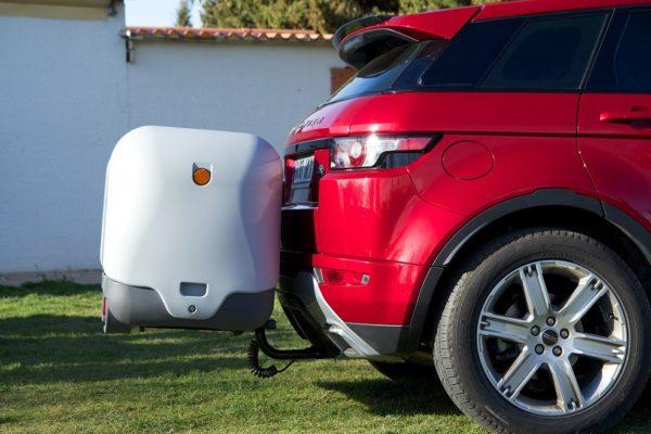 Portaequipajes Towbox V2 Gris posición de marcha