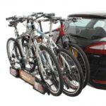 Portabicis Parma 3 en coche con bicis