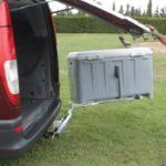 Portaequipajes Box Carrier gris plataforma giratoria